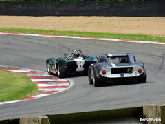Chevron Chasing Elva (BenGPhotos) Tags: chris david green classic sports car sport festival race purple racing historic bmw british motor hatch 1968 masters roger wills chevron brands motorsport elva 1965 autosport clarkson 2016 smithies b8 mk8