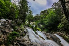 Waterfall - Rio de la Larr (danieldeoux) Tags: naturaleza mountain nature water montagne waterfall agua valle valley montaa cascade mont cascada valle monteperdido rservenaturelle