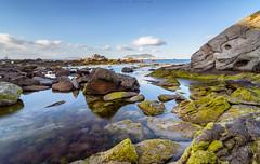 Entre rocas (sergio estevez) Tags: color luz azul landscape mar agua paisaje cielo reflejo rocas algeciras orilla granangular sergioestevez