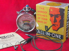 "BAKELITE PIFCO ALL-IN-ONE RADIOMETER ""THE SHERLOCK HOLMES OF YOUR RADIO SET"" (Billsmoorfoot) Tags: set bakelite sherlock allinone multimeter radiometer pifco holmesradio"