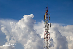 Radio-Satellite-Antenna-Tower-for-Mobile-Telec...