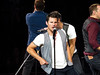 Nick Lachey (amyshaped) Tags: dallas nick drew 98 americanairlinescenter degrees lachey canonsx50 thepackagetour