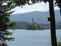 Lake Bled (madskills421) Tags: lake mountains castle church water lago island see agua scenery europe iglesia kirche slovenia bled grad schloss isla