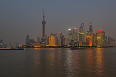 Shanghai Bund (xetas) Tags: china shanghai pudong bund jinmaotower huangpujiang shanghaiworldfinancialcenter volksrepublikchina