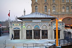 Haydarpaa Pier (ardac) Tags: old pier istanbul historical ottoman iskele vapur eski haydarpaa kadky vapeur tarihi osmanl tcdd vision:text=0715 vision:outdoor=0929 vision:sky=061