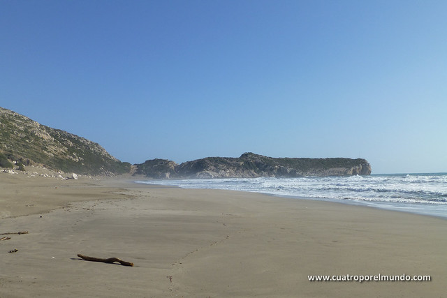 Vista de la zona sur de la playa de Patara