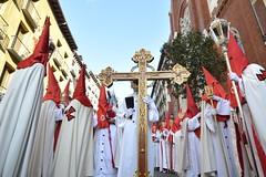 Semana Santa Madrid (stu dag) Tags: madrid santa hat festival easter religious spain pointy cross religion espana priest sombrero plazamayor semana priests capirote