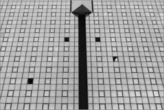 Dimore artificiali 2(GE) (Ondablv) Tags: portrait house reflection skyscraper canon reflections photography eos photo triangle rooms foto image photos tag images genova zena geometrical grattacielo riflessi riflesso finestre immagine geometrie immagini grattacieli 70d triangolo triangoli ondablv canoneos70d canon70d eos70d