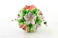 Flower kusudama (ronatka) Tags: kusudama origami withbeads lily green pink white square flowersorigami
