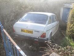 Austin Maxi. (RUSTDREAMER.) Tags: austin cornwall parked scrap maxi rustdreamer