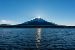 diamond of sunset (peaceful-jp-scenery) Tags: mountain landscape sony diamond    mtfuji lakeyamanaka worldheritage amount carlzeiss     fuji5lakes  sal2470z  variosonnart2470mmf28za 99 slta99v