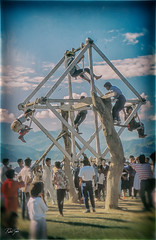 Ferris Wheel/Noria - Analog Series (rakelgoiri) Tags: nepal analogseries southeastasia slide rustic old vintage rakelgoiri minolta7000maxxum feria atthefair fiesta scannedslide travelphotography