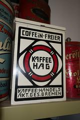 Antique HAG coffee tin (quinet) Tags: coffee caf germany antique kaffee grocery hag ancien antik picerie 2013 kaffeedose lebensmittelgeschft domnedahlem coffeetin botecaf