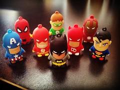 Sper Hroes (Galvi) Tags: dc flash spiderman ironman superman batman superheroes marvel daredevil friki capitanamerica linternaverde pendriver instagram ifttt