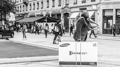 curved TV (Jan Herremans) Tags: bw france television shopping lyon candid janherremans june2016