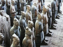 Terracotta army XI'an (Ramon Boersbroek) Tags: china summer horses army is ancient warm with terracotta row tourist 150 collection empire warriors shi sculptures  cavalry 520 qin shaanxi huang depicting visis armies chariots huangshaanxi province30