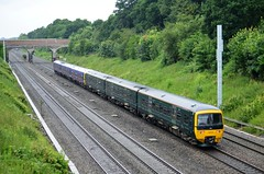 Mix & Match turbos.... (stavioni) Tags: green train diesel great first rail railway western gwr fgw class165 ruscombe class166 165112 166218