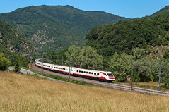ETR 460 n 22 (Enrico Bavestrello) Tags: railroad nikon liguria railway trains trainspotting trenitalia ferrovia treni ferrovie giovi highspeedtrain isoladelcantone etr460 giretta nikond5000 frecciabianca etr46022 etr460fb