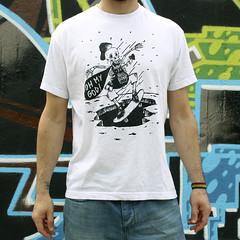 @menosegobcn (ral salvatierra) Tags: barcelona street new summer graffiti bcn tshirt skate skateboard limited tee limitededition especial tees streetwear camisetas menosegobcn