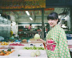 Kimono and Sake (Gregory Wu) Tags: film asahi pentax takumar 55mm sake fujifilm kimono 6x7 smc fujicolor