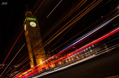 Big Ben at night (ShurperMario) Tags: city uk longexposure light london tower luz monument westminster night lights noche big arquitectura nikon europa europe torre ben unitedkingdom housesofparliament londres reinounido parlamento largaexposicion 1685vr d5100 nikond5100