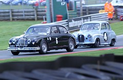 Jaguar Mk1 vs. Austin A35 (MPH94) Tags: park brown austin neil richard reid anthony jaguar greats nigel touring webb dutton a35 oulton mk1 hrdc