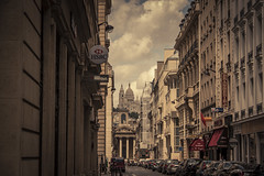 Le coeur de Paris (The Heart of Paris) (Gilderic Photography) Tags: street city sky urban cinema paris france architecture clouds canon eos europe raw boulevard perspective sacrecoeur ciel cinematic rue eglise ville 500d gilderic