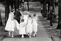Just married. Wahaar heen leiheidt de weg.... (Bram Meijer) Tags: blackwhite zwartwit marriage huwelijk trouwerij fotograaf bruispaar