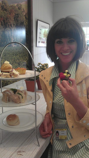 Afternoon tea with the lovely Dawn OPorter at Wimbledon? Why not!