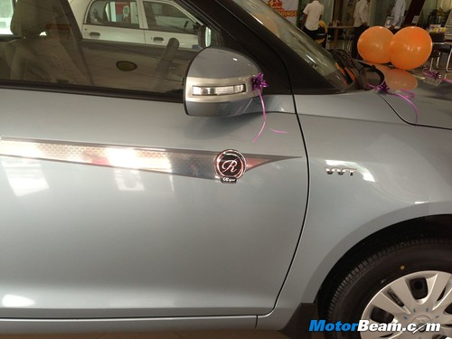 Maruti-Swift-DZire-Regal-10