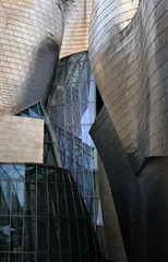 Glass & Titanium (Alonso Reyes) Tags: españa museum architecture modern frank spain country gehry bilbao guggenheim museo titanium basque vasco euskadi bilbo pais nervión museoa