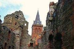 Bishops Palace and the Cathedral (Owen H R) Tags: old st orkney cathedral ruin palace bishops bishop magnus kirkwall owenhr