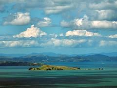 Sky Tower View. Browns Island - Motukorea, Hauraki Gulf, Auckland, New Zealand (Rana Pipiens) Tags: volcano astrolabe lacoquille abigfave blinkagain skytoweraucklandnewzealand haurakigulfaucklandnewzealand oystercatcherislandhaurakigulfnewzealand motukoreanewzealand brownsislandnewzealand julessbastiencsardumontdurville ngtitamater