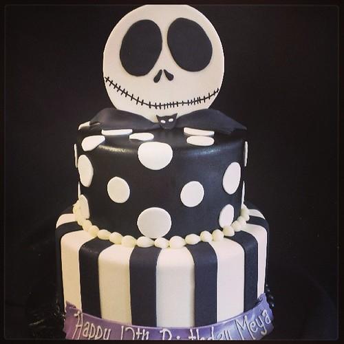 Sensational Meyas 12Th Birthday Cake Nightmare Before Christmas A Photo Personalised Birthday Cards Paralily Jamesorg