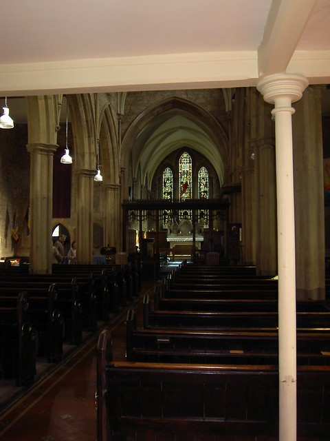 Inside_St_Michael_All_Angels_Broadway