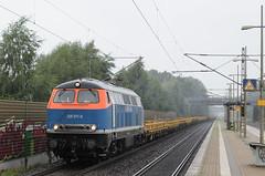 225 071-0 (n4fade) Tags: railroad train deutschland diesel eisenbahn rail railway zug mak bahnsteig niedersachsen gterzug diesellok privatbahn seelze dedensen nbe v160 baureihe215 d7000 baureihe225 nikond7000 nberail dbv160 2250710 dedensengmmern n4fade mak19702000076