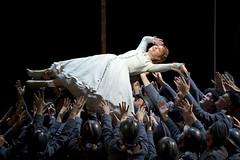 Opera Essentials: La Fille du régiment