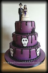 gothic wedding cake Purple And Black Gothic Wedding Cakes