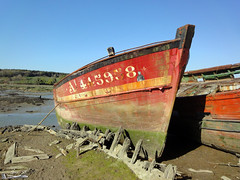 Bateau en bois - Le Bono (Spar_03) Tags: rouge bretagne le bono abandon bateau morbihan couleur 56 bois coque