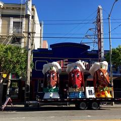 Doggie Diner Heads Visit Roxie Theater SF Indie Doc Fest (Lynn Friedman) Tags: sanfrancisco documentary filmfestival 94103 roxietheater doggiedinerheads lynnfriedman sfindiefest docclub sfindiedocfest