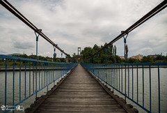 Bridge over the Arda river, Kardzjali (Raf Debruyne) Tags: canon eos bulgaria 5d bulgarije 24105mm 24105mmf4 canonef24105mmf4lusm canon24105mmf4 5dmkiii 5dmarkiii canoneos5dmk3 canoneos5dmkiii rafdebruyne debruynerafphotography debruyneraf canoneos5dmkill