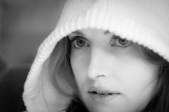 _DSC9251 (GienBi) Tags: light portrait blackandwhite closeup 50mm nikon natural bn ritratto biancoenero primopiano cappuccio d7000