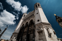 ...TheChurch... (7H3M4R713N) Tags: city sky france lyon wideangle bluesky chruch fujifilm nuage glise eglise fourvire notredamedefourvire xt1 1024mm againstdiving