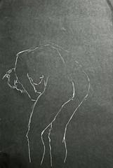 Stehende, gebuckt von hinten (Alemwa) Tags: berlin kreuzberg nude movement sketching performance tanz bewegung blanche modell carte zeichnung freiheit aktzeichnung zeichnen ausdruck unabhngigkeit interaktion alemwa