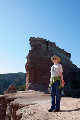 20091018_Palo_Duro_Canyon_0004.jpg (Ryan and Shannon Gutenkunst) Tags: family usa hiking tx hike cowboyhat palodurocanyon shannongutenkunst canyonnearamarillo