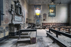 (matdur69) Tags: abandoned church decay chiesa urbex urbanexplorer matdur69 matdur
