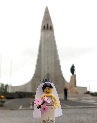 LEGO Collectible Minifigures Series 7 : Bride