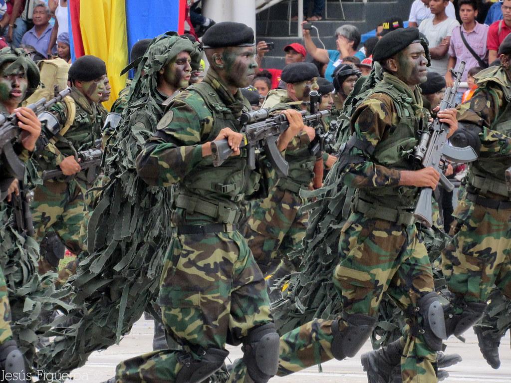 Milicia venezolana yahoo dating