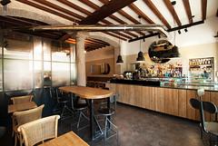 _DSC1261 (fdpdesign) Tags: arredamenti shop design shopdesign nikon d800 milano italy arrdo italia 2016 legno wood ferro sedie tavoli locali cocktails bar interni architettura