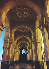 Grand Passage Way #HassanMosque #arches #passage #architecture #monument #Islam #islamicarchitecture #Morocco #Casablanca #dusk (shaileshsaraf) Tags: monument architecture dusk islam arches morocco casablanca passage islamicarchitecture hassanmosque